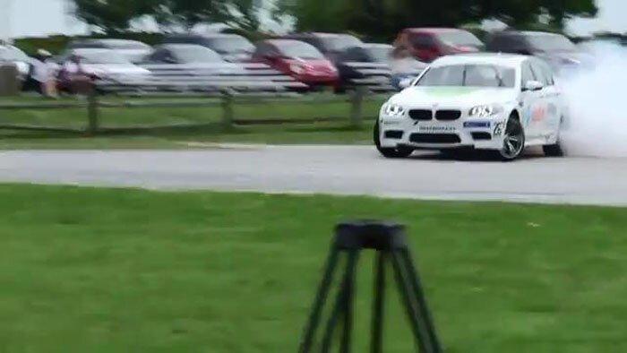 BMW установила рекорд беспрерывного дрифта  (видео)