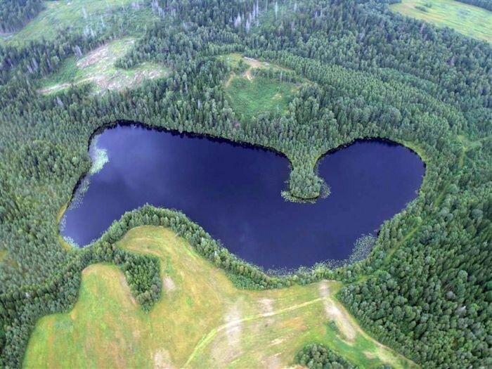 9 озер с чудовищами (9 фото)