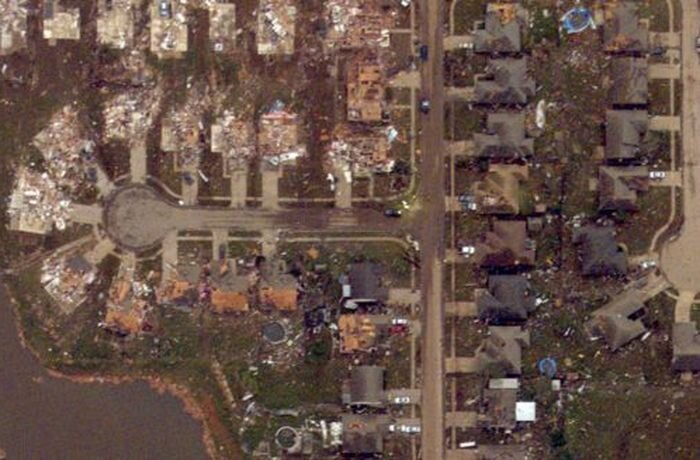 До и после. Торнадо в Оклахоме (34 фото)