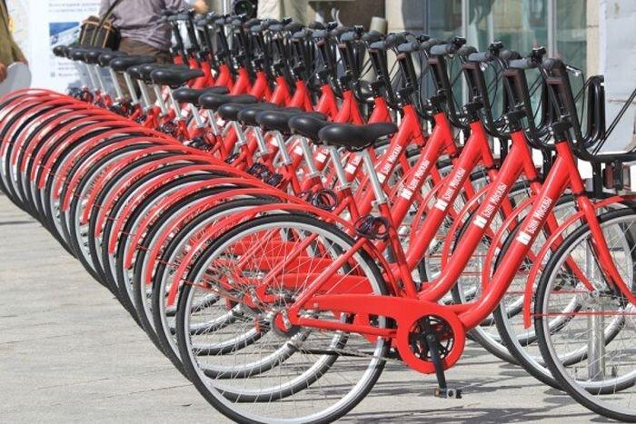 Платные парковки и велопрокат в Москве (11 фото)