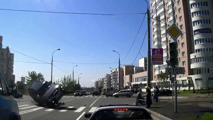 Авария дня часть 1061 (фото+видео)