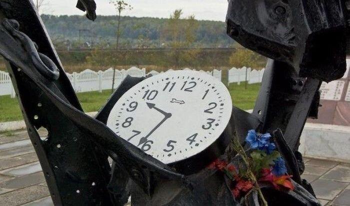 25 лет со дня Арзамасской железнодорожной катастрофы (7 фото)