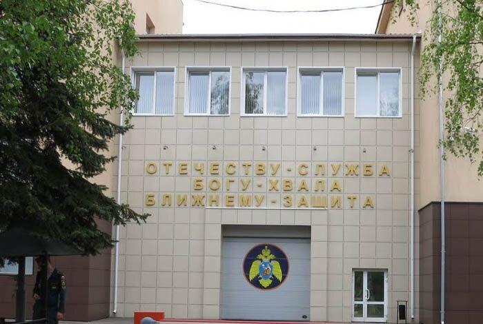 Музей пожарной техники Ивановского училища (13 фото)
