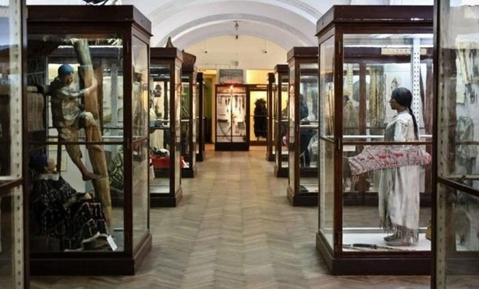 Шокирующие анатомические музеи мира (11 фото)