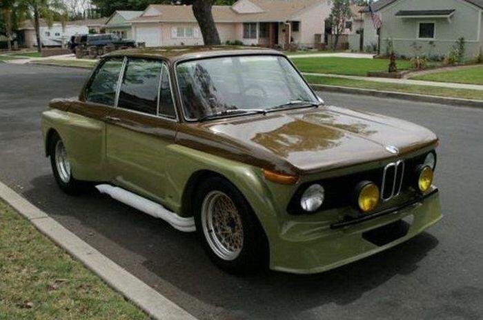 Найдено на eBay. BMW 2002 с двигателем от Mustang (11 фото+видео)
