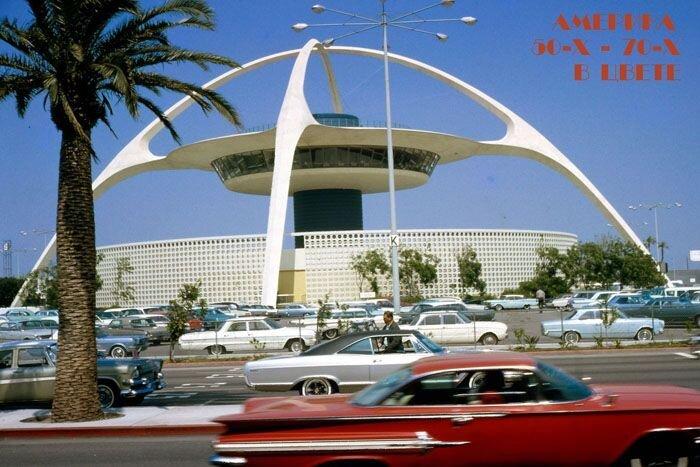 Автомобильная Америка 50-х - 70-х в цвете (86 фото)