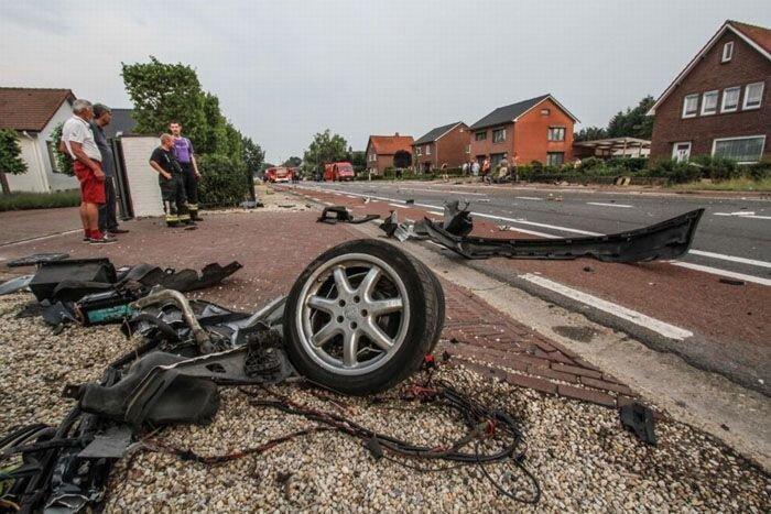 Жуткая авария с Audi A8 из Бельгии (19 фото)