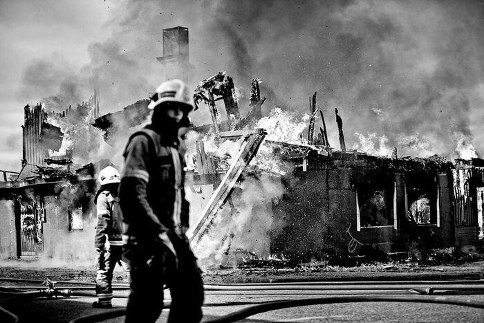 Внутри пожара (10 фото)