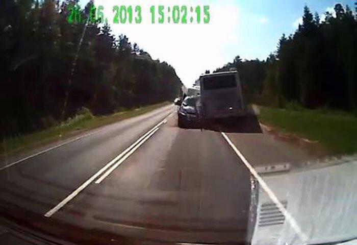 Авария дня часть 1098 (фото+видео)