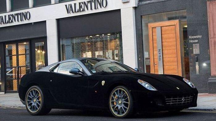 Бархатная Ferrari в Лондоне (7 фото+видео)