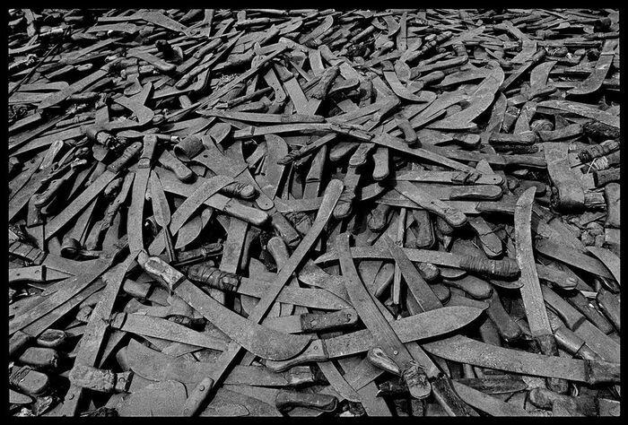 Геноцид в Руанде (6 фото)