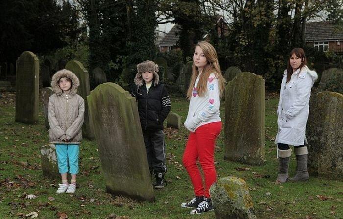 Когда дети видят мертвых людей (4 фото+видео)