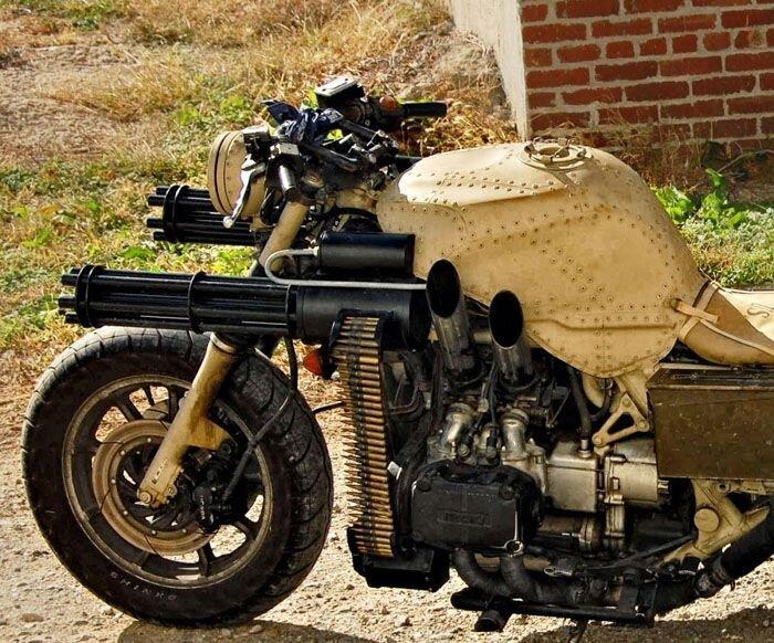 Идеальный мотоцикл для зомби-апокалипсиса (21 фото)
