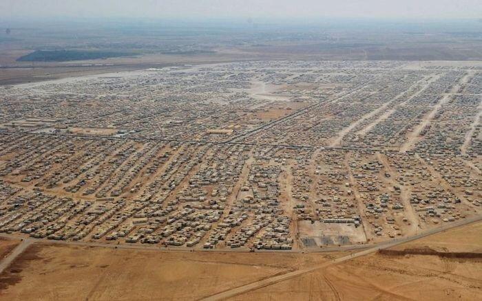 Лагерь для сирийских беженцев в Иордании (9 фото)