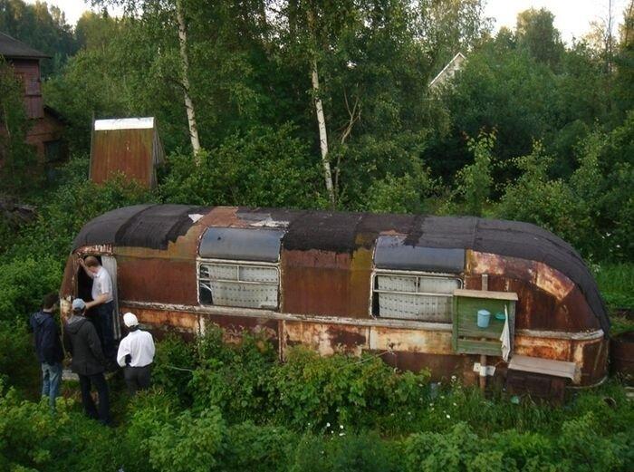 Антиквариат - найден ЛАЗ-695 (8 фото)