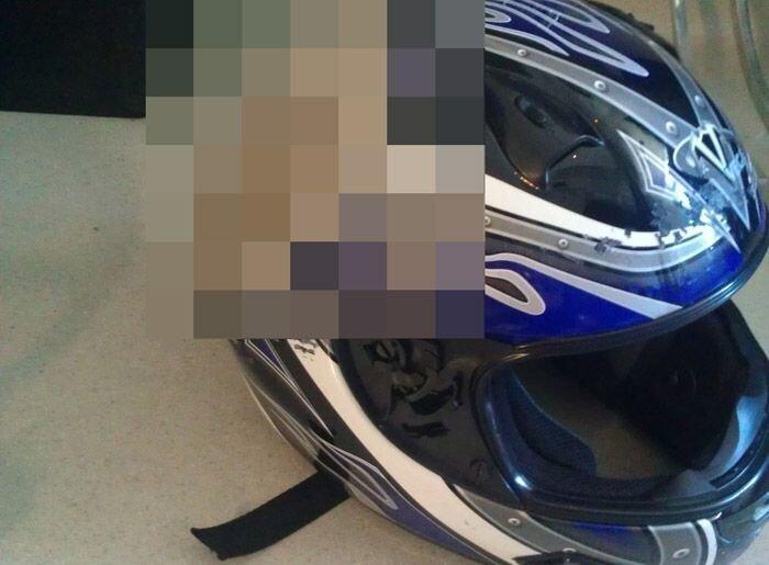 Мотоциклистам на заметку (2 фото)
