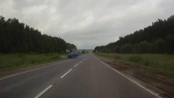 Авария дня часть 1146 (2 фото+видео)