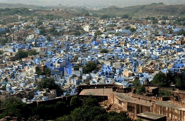4 цветных города (82 фото)