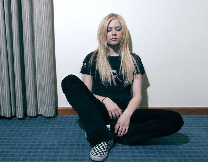 Avril Lavigne (11 фото)