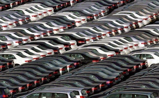 Новенькие авто - жертвы кризиса (10 фото)