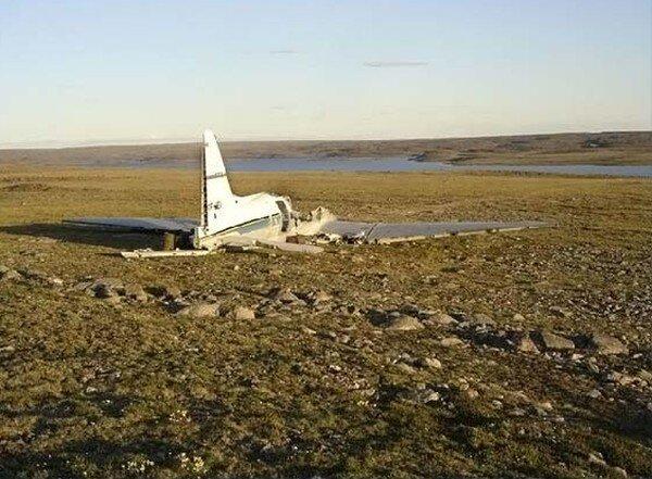 Брошенные после крушения самолеты (29 фото)