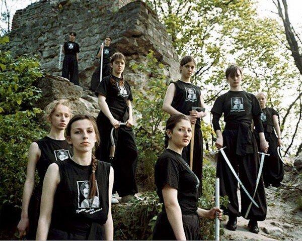 Суровые украинские женщины (14 фото)