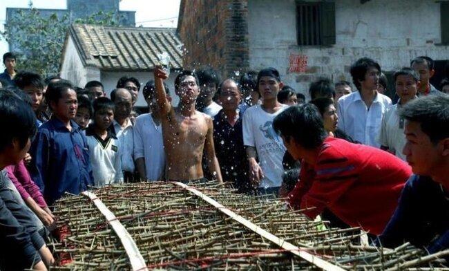 Азиатские психи (13 фото)