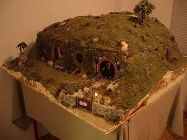 Миниатюрный дом Бильбо Бэггинса  (50 фото)