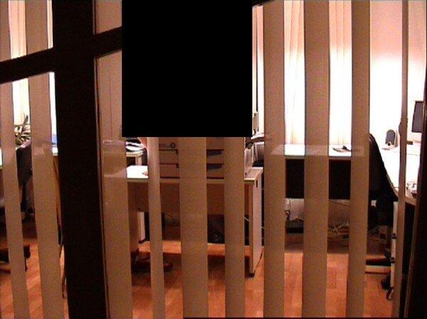 Одиночество, офис, сканер (2 фото)