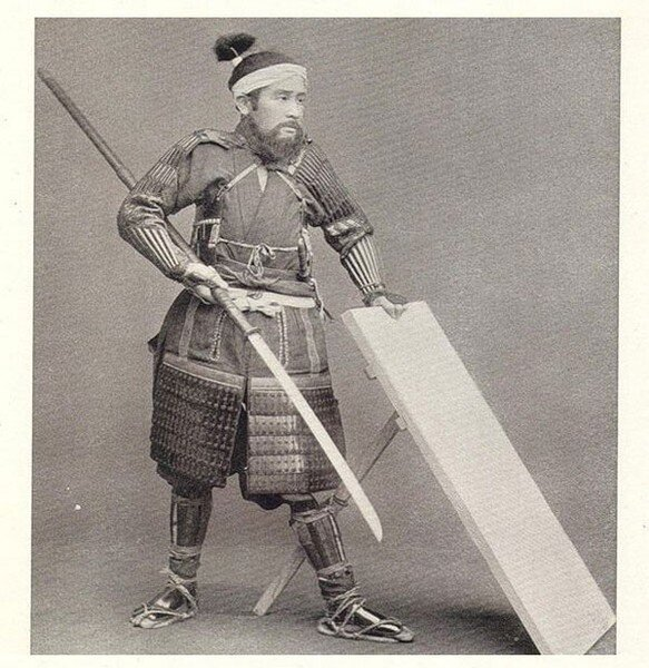 Японский воин прошлых веков (15 фото)