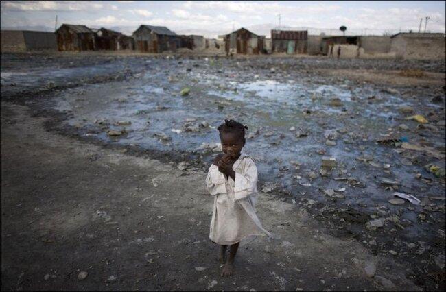 Роды на Гаити (15 фото)