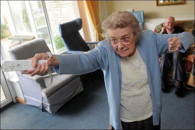 Nintendo Wii в доме престарелых (20 фото)