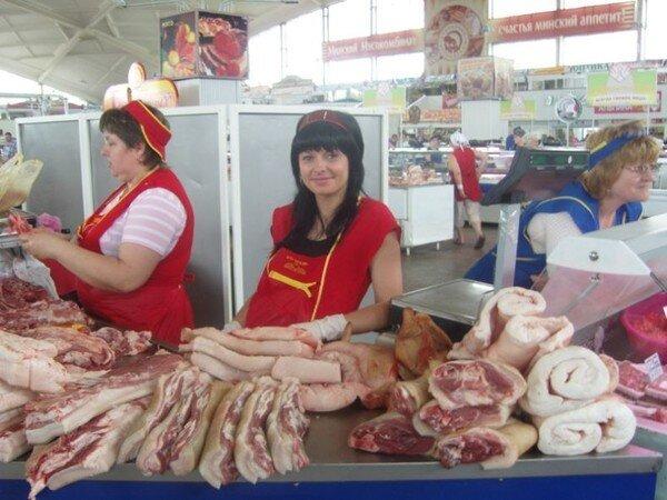 Красавицы и мясо (4 фото)