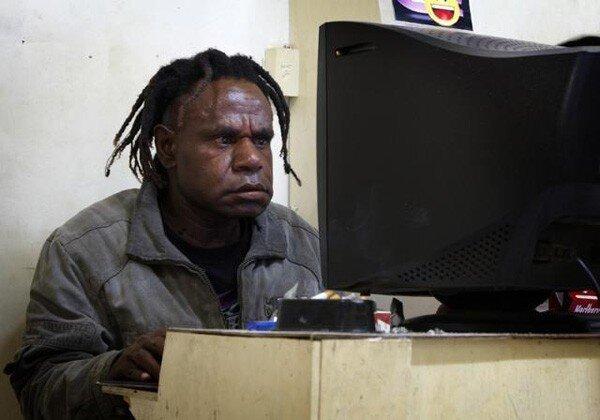 Племя папуасов (19 фото)