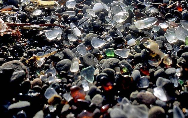 Стеклянный пляж в Калифорнии (8 фото)