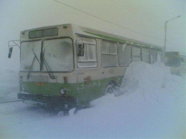 Транспорт в Норильске зимой (17 фото)