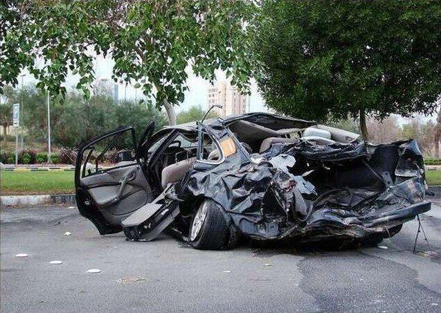 Как водят машины в Кувейте (44 фото)