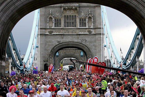 Главные марафоны мира (23 фото)