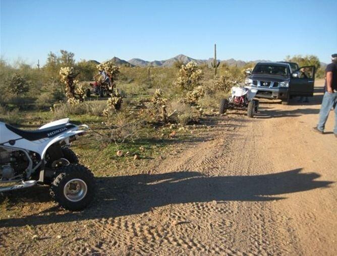 Чем опасны аварии в пустыне (5 фото)