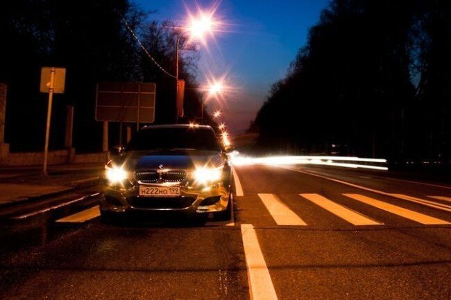 Позолоченный BMW на улицах Москвы (11 фото)