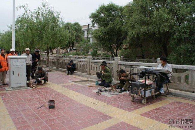 Уличные артисты из Китая (16 фото)