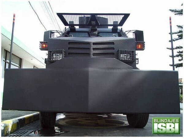 Машина для разгона демонстраций (12 фото)