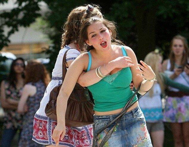 Выпускницы Кэмбриджа (9 фото)