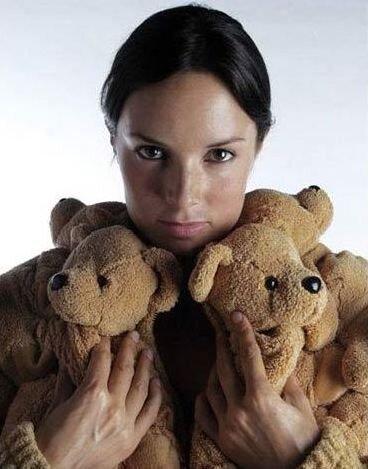 Натянула медведей (4 фото)