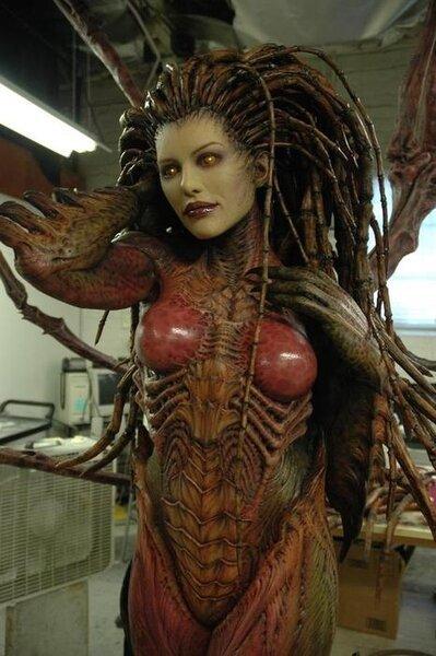 Скульптура Kerrigan из StarCraft (24 фото)