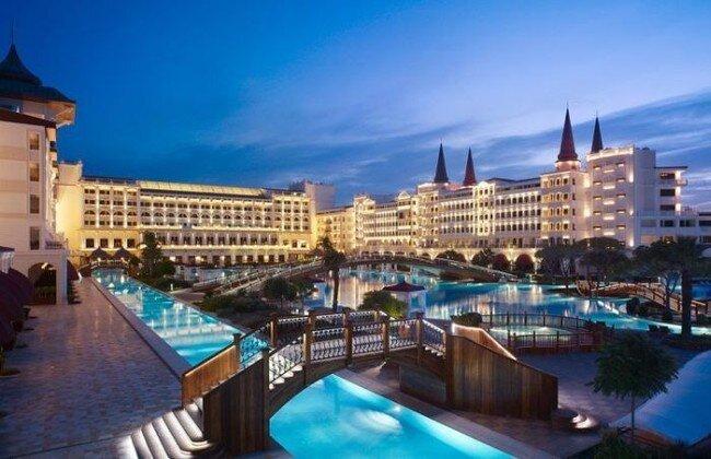 Mardan Palace - самый дорогой отель на территории Европы (34 фото)