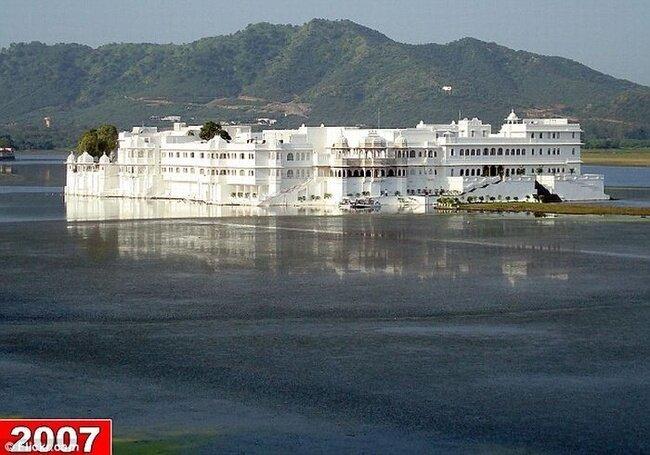 Известная гостиница потеряла озеро (4 фото)