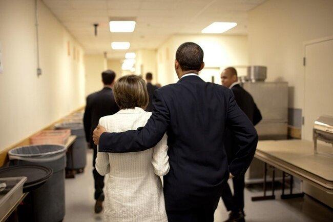 Обамские обнимашечки (7 фото)