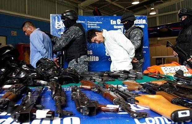 Арест мексиканского наркобарона (16 фото)