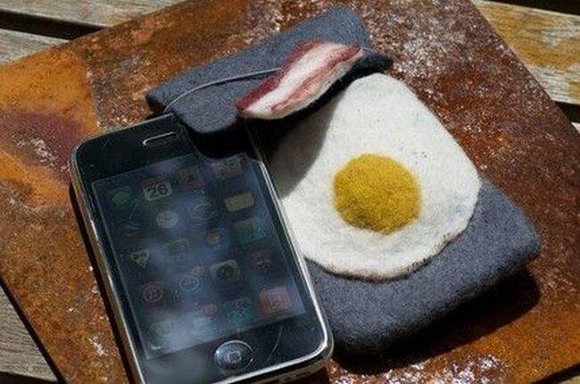 Прикольный чехол для iPhone (4 фото)